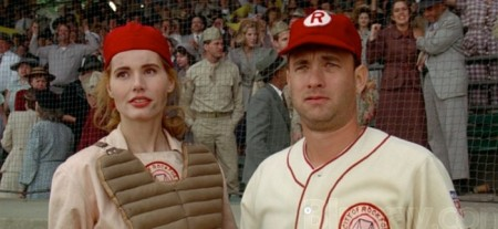 leagueoftheirown-davis-hanks-700x322