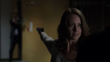 Root-Amy-Acker-shooting-Hersh-Person-of-Interest